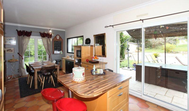 Vue autre Location Villa 118912 Bordeaux