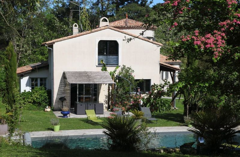 Piscine Location Villa 118912 Bordeaux
