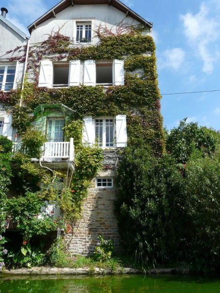 Vue extérieure de la location Location Appartement 119012 Le Bono