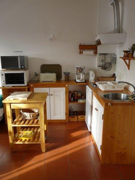 Coin cuisine Location Appartement 119012 Le Bono