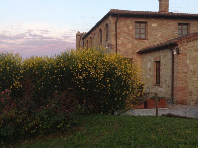 Vue extérieure de la location Location Appartement 71873 Sienne
