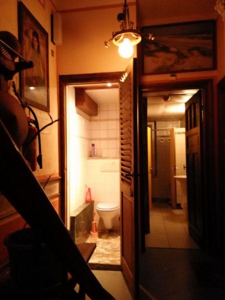Couloir Location Chambre d'hôte 72510 Ostende