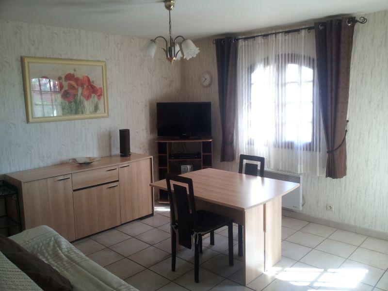 Séjour Location Appartement 75600 Toulon