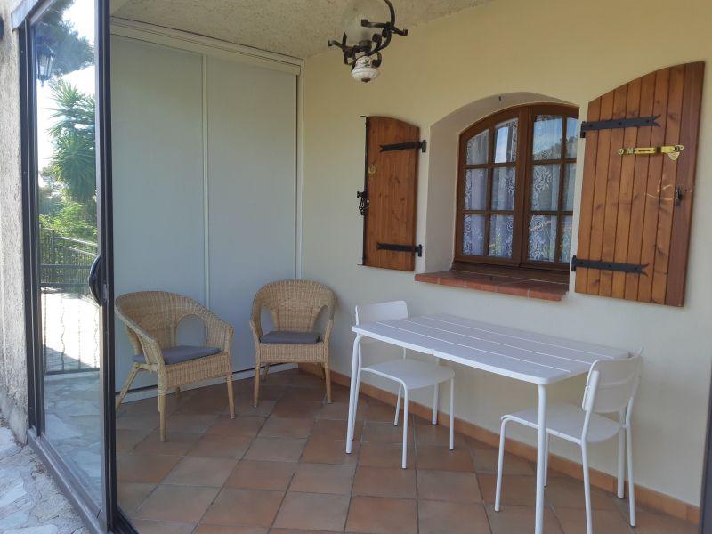 Veranda Location Appartement 75600 Toulon