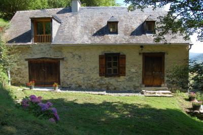 Vue extérieure de la location Location Gite 76174 Bagnères de Bigorre