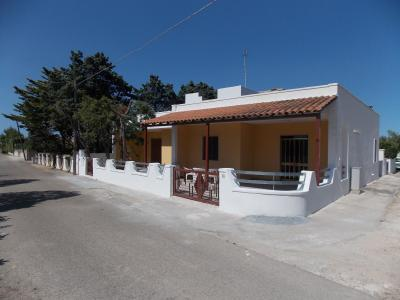 Vue extérieure de la location Location Appartement 79395 San Foca