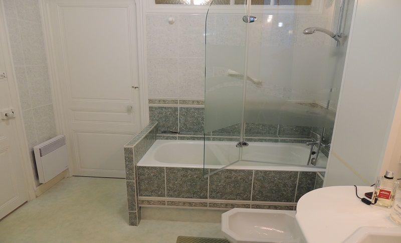 salle de bain Location Appartement 82386 Hendaye