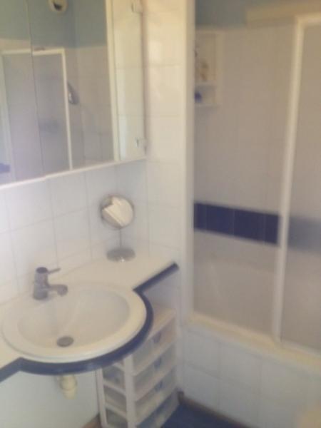 salle de bain Location Appartement 86917 Le Grau du Roi