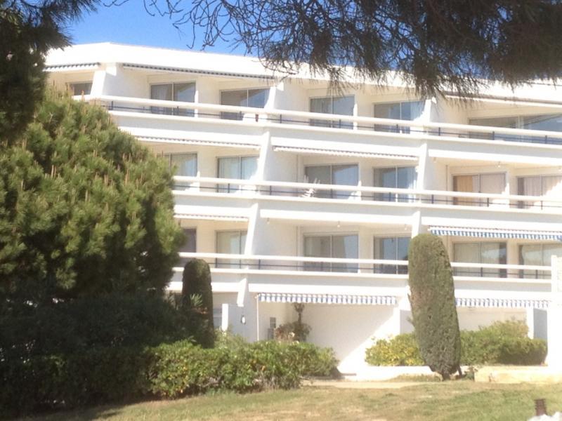 Vue extérieure de la location Location Appartement 86917 Le Grau du Roi