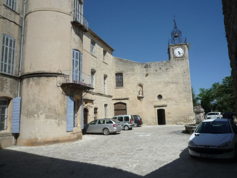 Location Gite 92728 La Tour d'Aigues