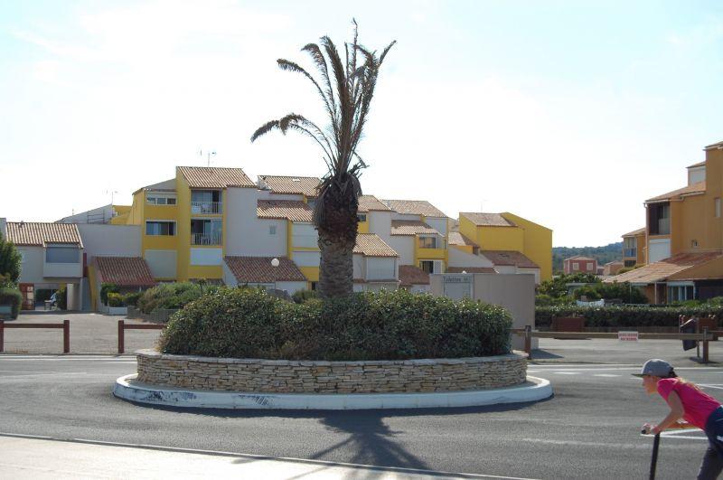 Vue à proximité Location Appartement 97752 Narbonne plage