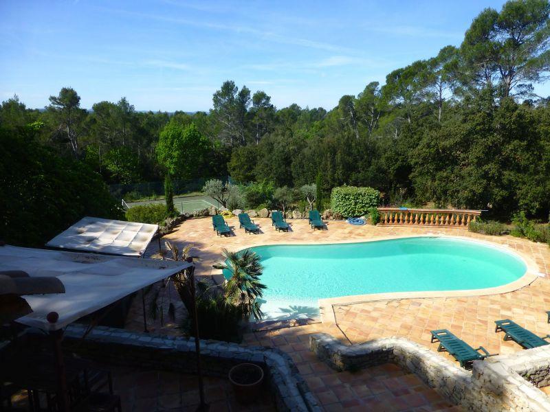 Vue de la terrasse Location Villa 98166 Cotignac