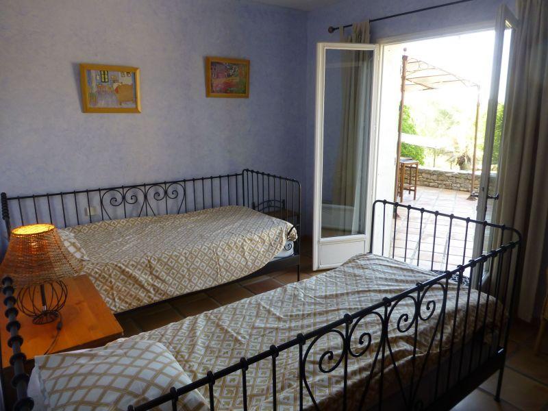chambre 2 Location Villa 98166 Cotignac
