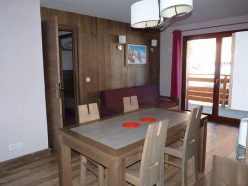 Séjour Location Appartement 101861 Risoul 1850