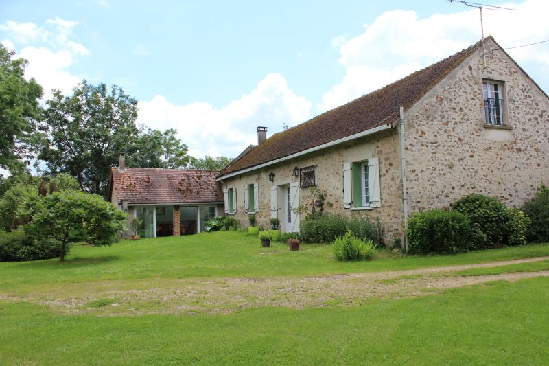 Cour Location Gite 107157 Marne la Vallée