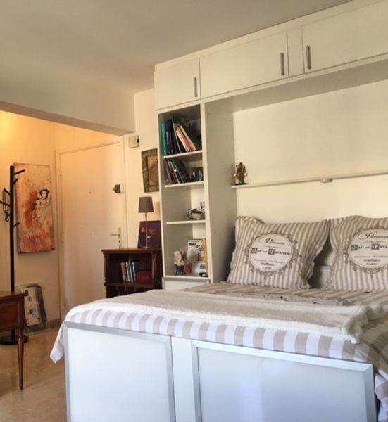 chambre 2 Location Appartement 107452 Antibes