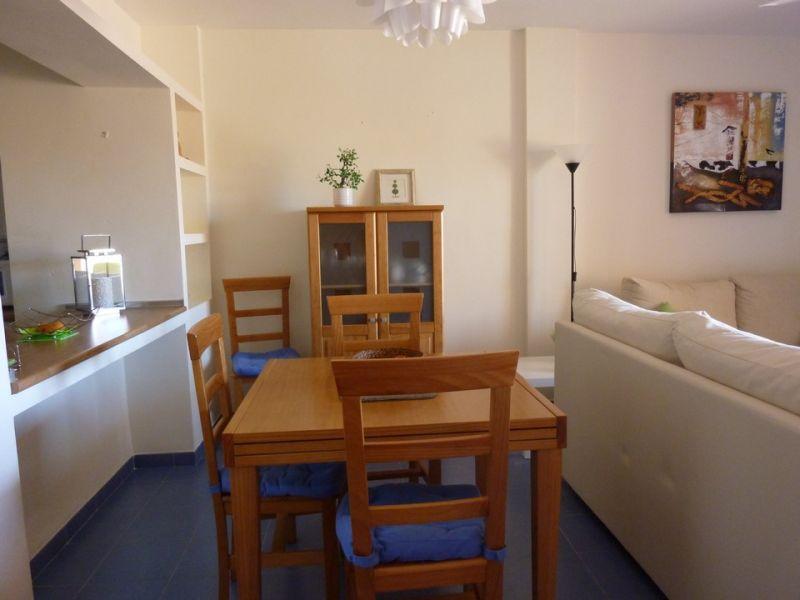 Salle à manger Location Appartement 108123 Vera