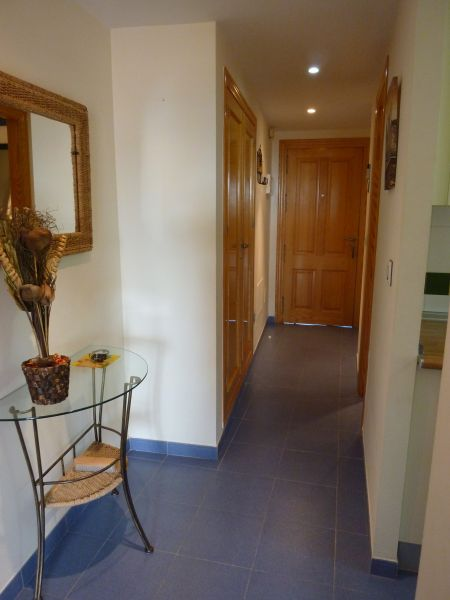 Couloir Location Appartement 108123 Vera