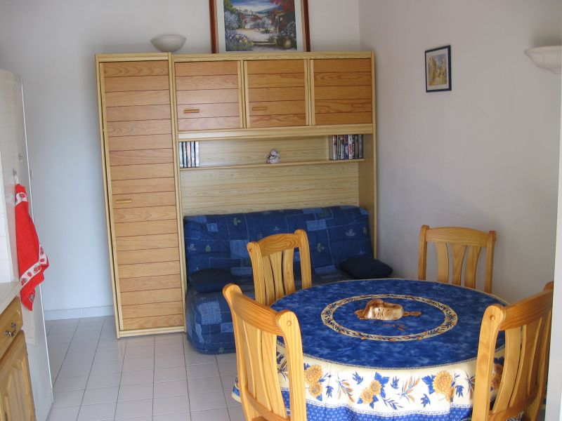 Salle à manger Location Gite 111561 Vic la Gardiole