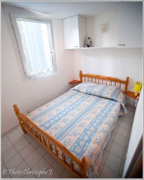 chambre 1 Location Gite 111561 Vic la Gardiole