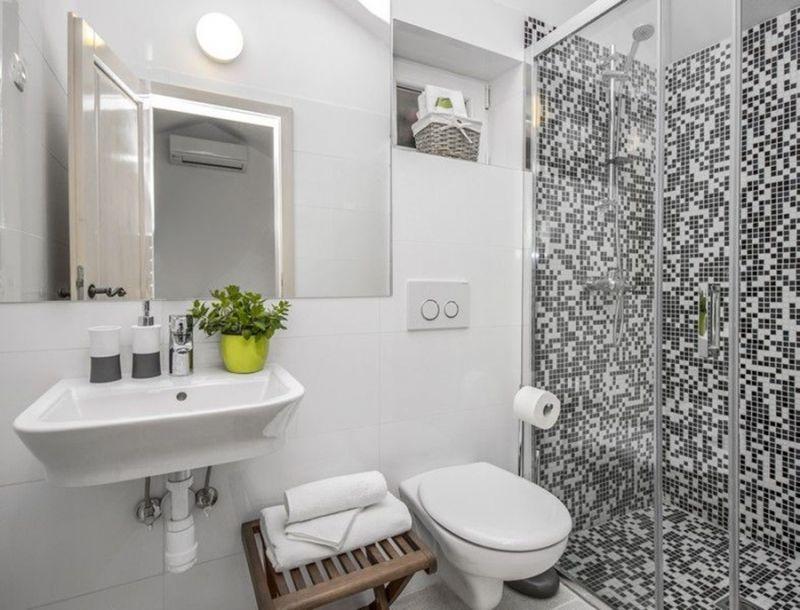 salle de bain 1 Location Maison 112560 Trogir