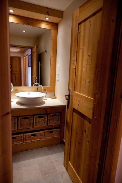 salle de bain 2 Location Chalet 113371 Alpe d'Huez