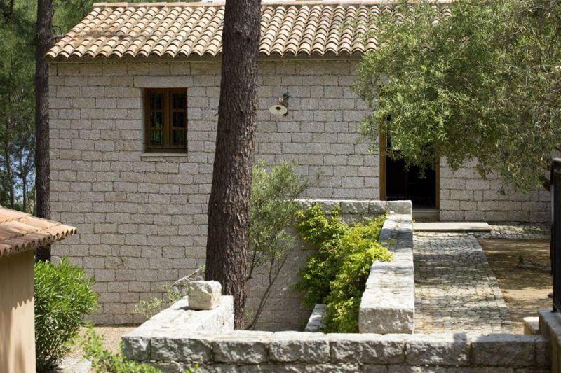 Vue extérieure de la location Location Maison 114349 Ste Lucie de Porto Vecchio