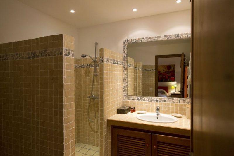 Salle d'eau 1 Location Maison 114349 Ste Lucie de Porto Vecchio