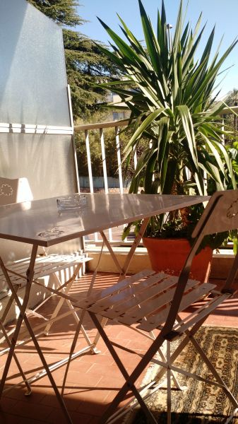 Terrasse Location Appartement 114426 Cannes