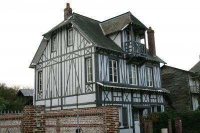 Vue extérieure de la location Location Villa 115718 Veules-les-Roses