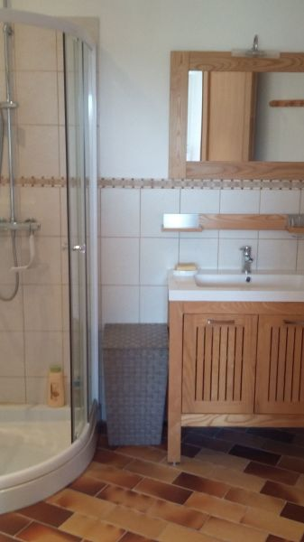 salle de bain Location Studio 115941 Les Issambres