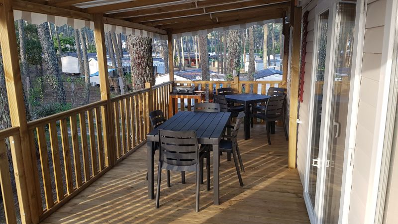 Terrasse Location Mobil-home 116897 Saint-Julien-en-Born