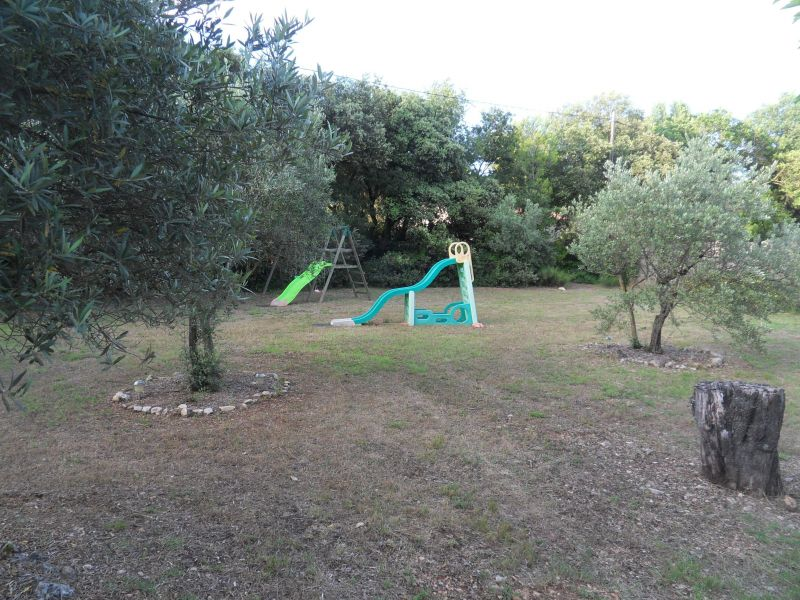 Jardin Location Maison 117417 Carpentras