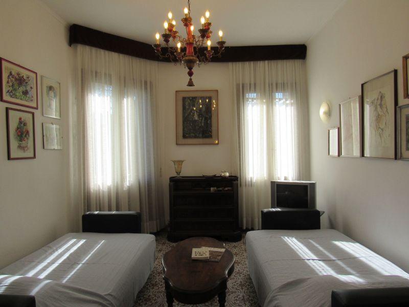 Salon Location Appartement 118126 Venise