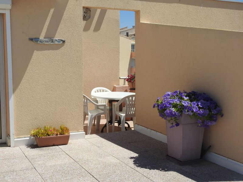 Terrasse Location Appartement 118247 Sete