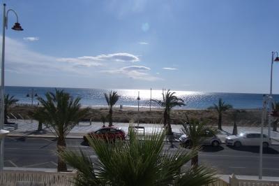 Vue de la terrasse Location Appartement 77401 Alicante