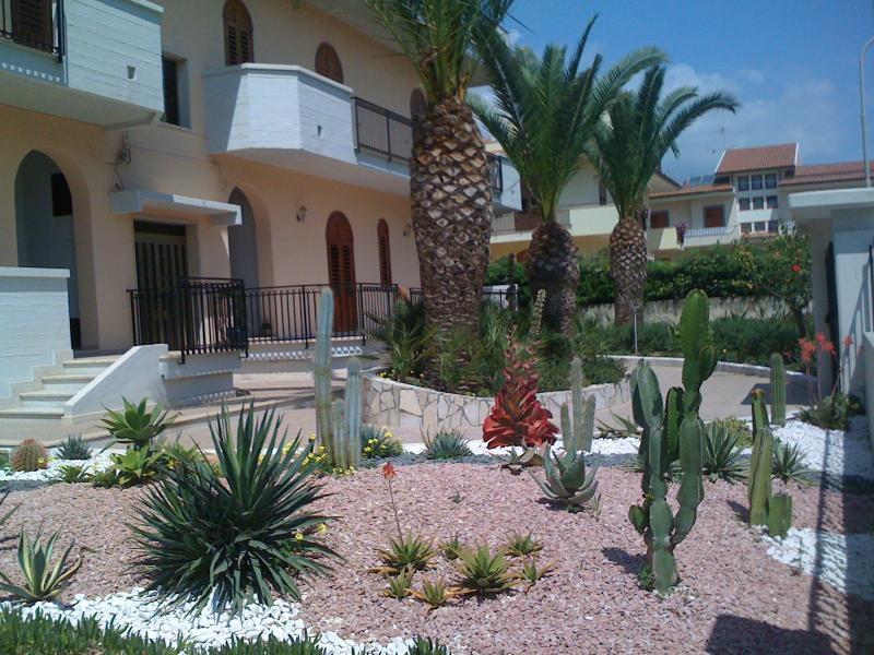 Jardin Location Maison 78506 Avola