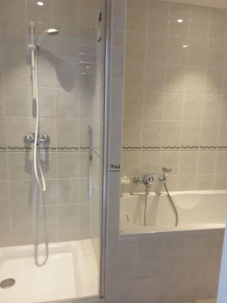 salle de bain Location Appartement 81285 Porto Vecchio