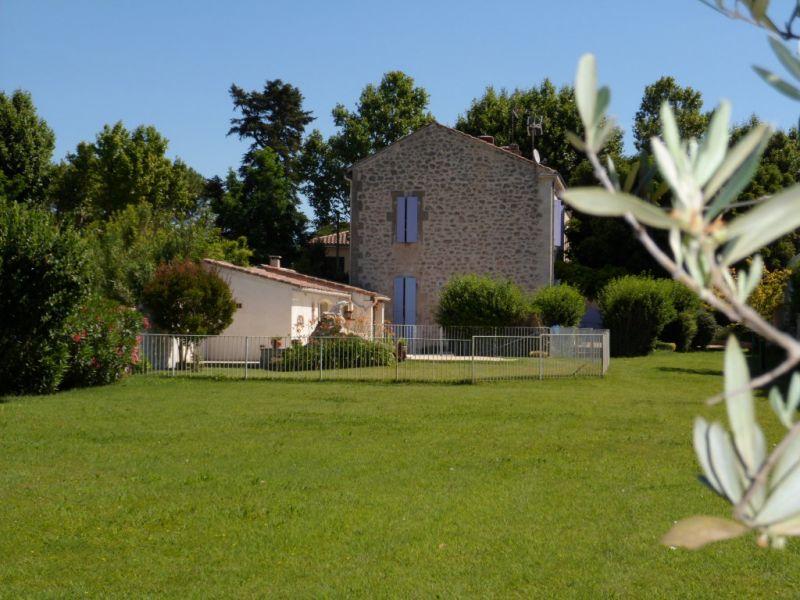 Vue autre Location Maison 91300 Aix en Provence