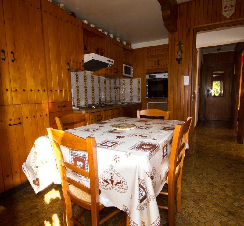 Cuisine indépendante Location Appartement 97632 Notre Dame de Bellecombe