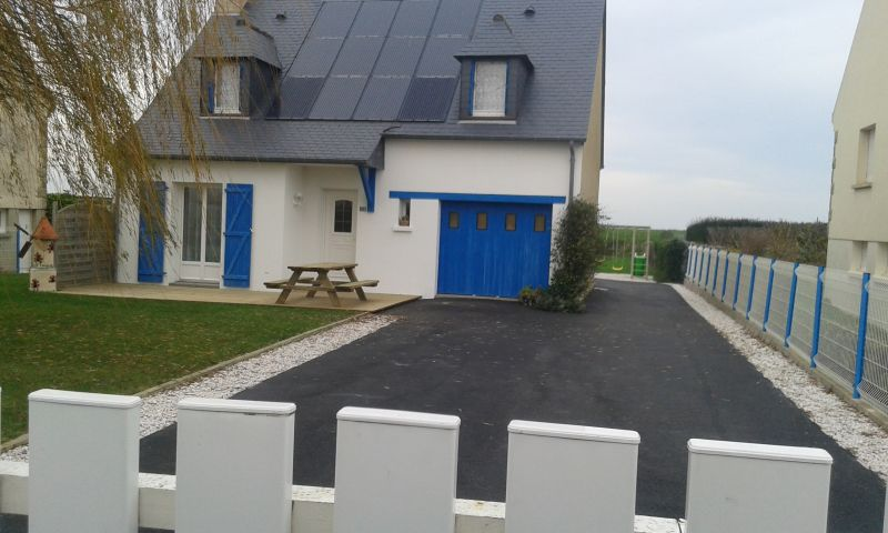 Vue extérieure de la location Location Gite 101216 Cherrueix