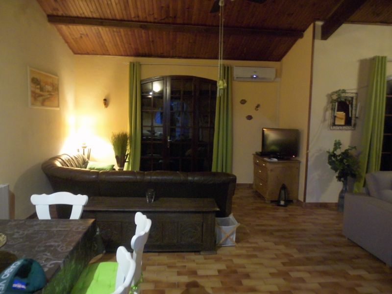 Salon Location Villa 102556 Marseillan