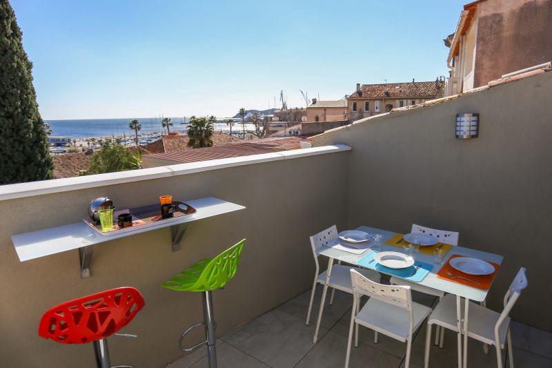 Terrasse Location Appartement 103352 La Ciotat