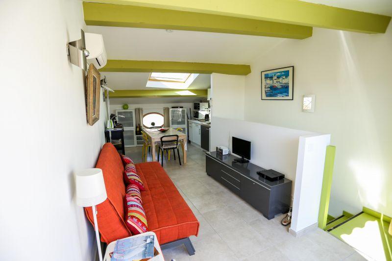 Séjour Location Appartement 103352 La Ciotat