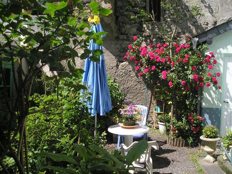 Jardin Location Appartement 106348 Luz Saint Sauveur