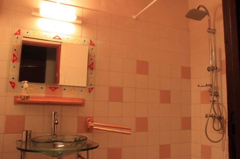 Salle d'eau Location Studio 106679 Gosier (Guadeloupe)