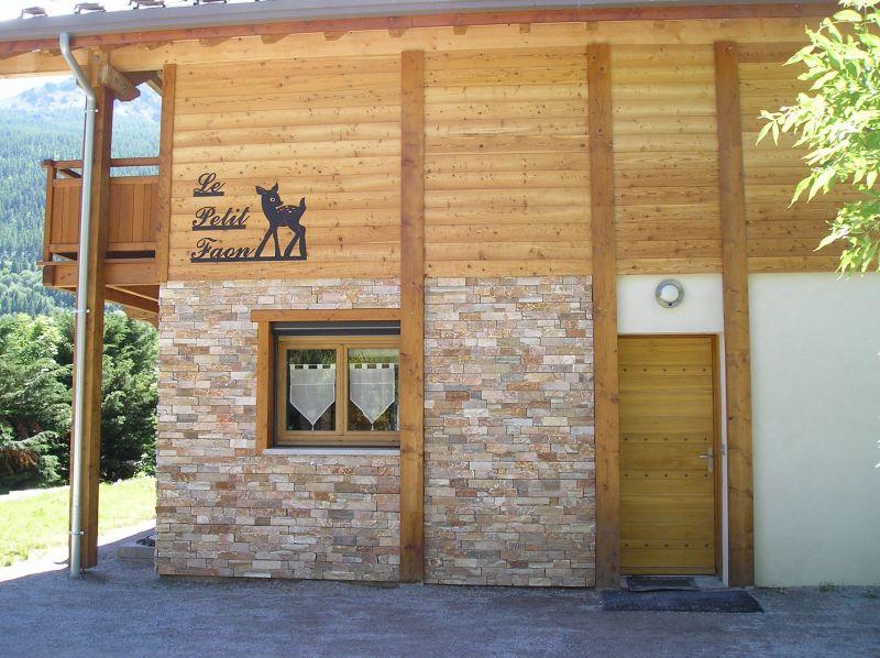 Vue extérieure de la location Location Chalet 109921 Serre Chevalier