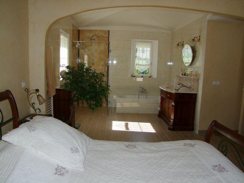 chambre 1 Location Villa 111352 Fréjus