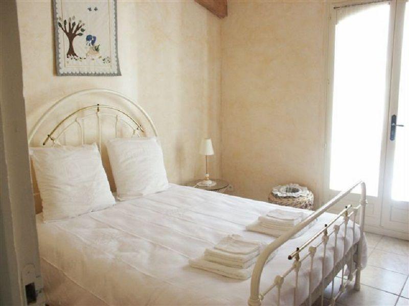 chambre 2 Location Villa 111352 Fréjus