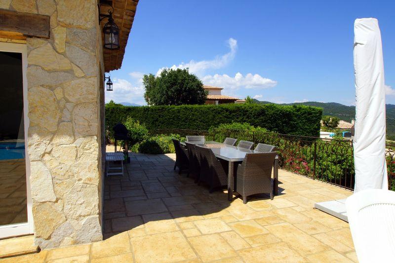 Terrasse Location Villa 111352 Fréjus